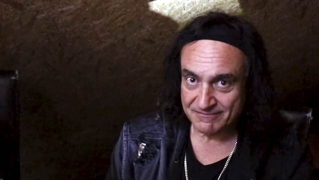 vinny appice doesn 39 t listen to any modern hard rock and heavy metal bands nuevo culture. Black Bedroom Furniture Sets. Home Design Ideas
